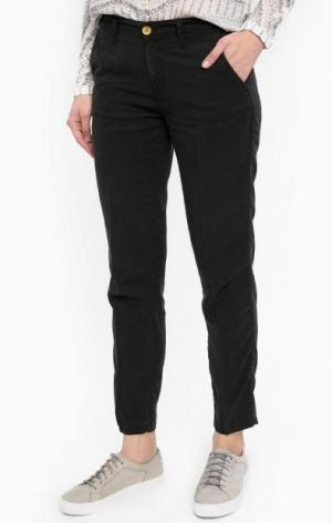 Черные укороченные брюки Wrangler. Цвет: черный