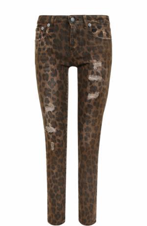 Джинсы-скинни с леопардовым принтом и потертостями R13. Цвет: разноцветный
