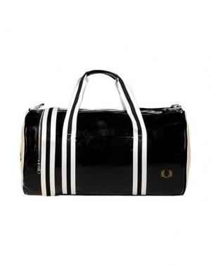 Дорожная сумка FRED PERRY. Цвет: белый