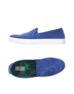 Низкие кеды и кроссовки YAB. Цвет: ярко-синий