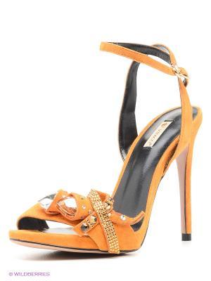 Босоножки Vitacci. Цвет: оранжевый