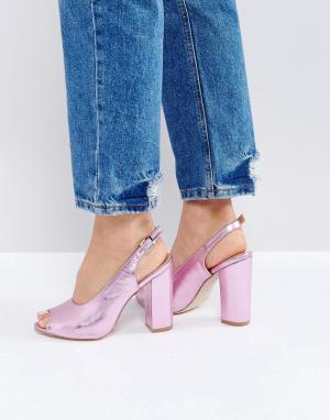 Raid Розовые босоножки на каблуке с открытой пяткой. Цвет: розовый