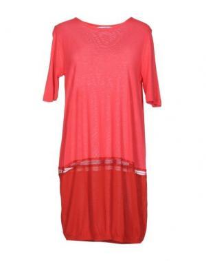 Короткое платье GAZEL. Цвет: коралловый