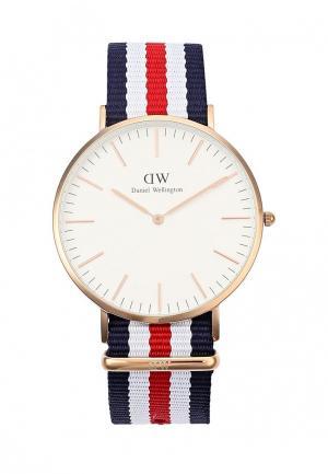 Часы Daniel Wellington. Цвет: разноцветный