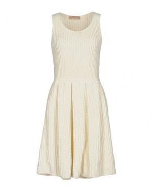 Короткое платье VICEDOMINI. Цвет: слоновая кость