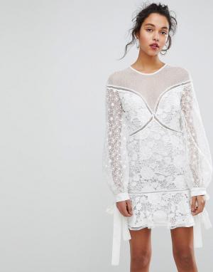 Keepsake Кружевное платье мини с цветочным рисунком. Цвет: белый