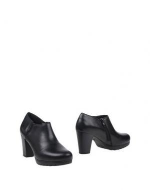 Ботинки KEYS. Цвет: черный