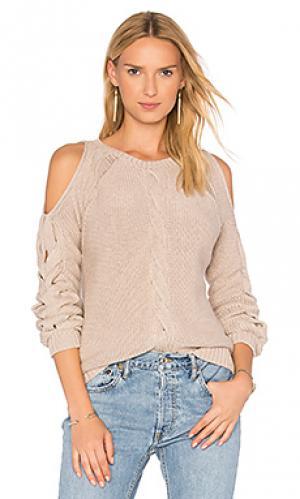 Свитер с открытыми плечами и крупной вязкой на рукавах Autumn Cashmere. Цвет: серый