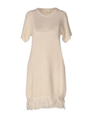 Короткое платье VICOLO. Цвет: слоновая кость