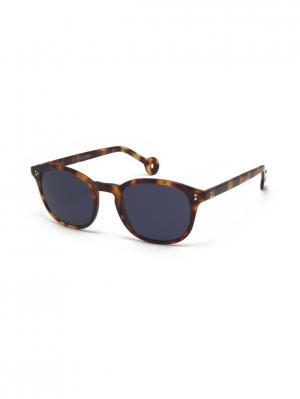 Солнцезащитные очки HS 564S 02 HALLY & SON. Цвет: коричневый