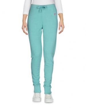 Повседневные брюки FRED PERRY. Цвет: светло-зеленый