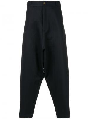 Укороченные брюки с заниженной проймой Société Anonyme. Цвет: синий