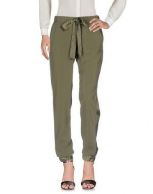 Повседневные брюки PAOLA T.. Цвет: зеленый-милитари