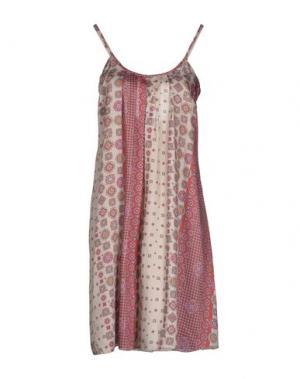 Платье до колена OLLY DOO. Цвет: коралловый