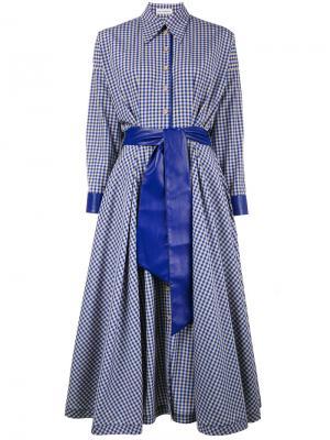 Платье-рубашка в клетку с поясом Vika Gazinskaya. Цвет: синий