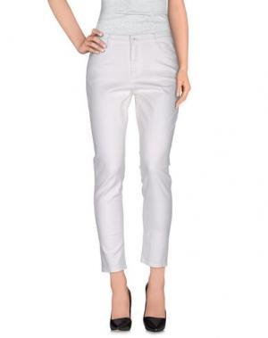 Повседневные брюки VANILIA. Цвет: белый