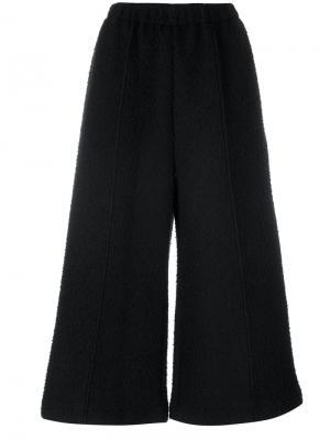 Укороченные брюки-палаццо Mm6 Maison Margiela. Цвет: чёрный