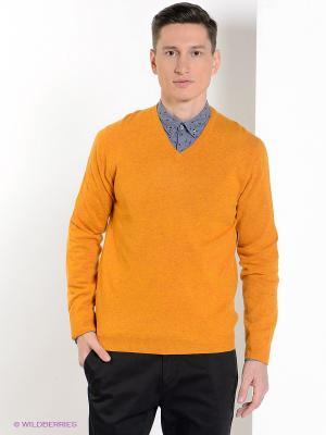 Пуловер MC NEAL. Цвет: горчичный