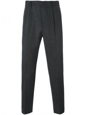 Костюмные брюки со складками Dondup. Цвет: серый
