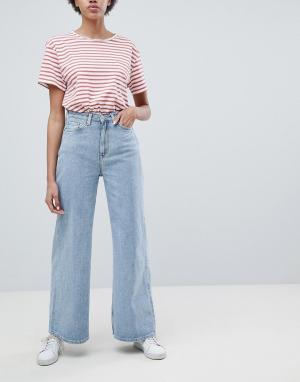 Weekday Синие джинсы. Цвет: синий