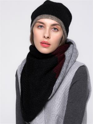 Шарф-платок Асимметрия N.O.M.I. Цвет: черный, бордовый, серебристый