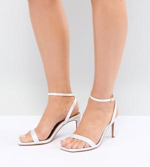 ASOS Босоножки для широкой стопы на каблуке DESIGN. Цвет: кремовый
