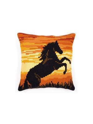 Набор для вышивания лицевой стороны наволочки Гарцующий конь 40*40см Vervaco. Цвет: желтый, черный, оранжевый