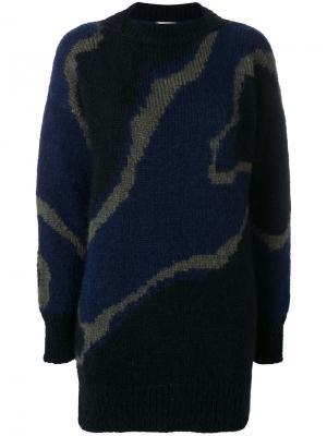 Объемный свитер с узором Wunderkind. Цвет: синий
