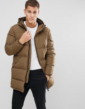 Esprit Дутое пальто цвета хаки. Цвет: зеленый