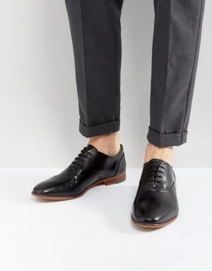 Kurt Geiger London Черные кожаные туфли Oliver. Цвет: черный