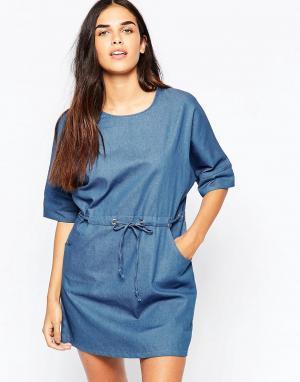 Goldie Джинсовое платье Symetry. Цвет: синий