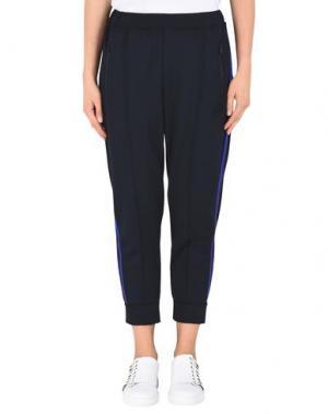Повседневные брюки ÊTRE CÉCILE. Цвет: темно-синий
