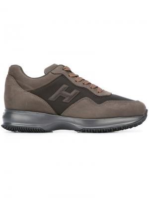 Кроссовки с панельным дизайном Hogan. Цвет: серый