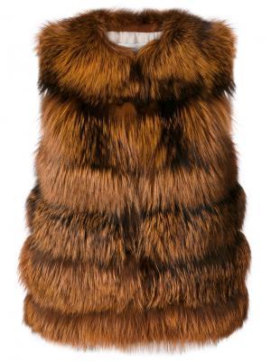 Приталенная куртка-жилет Yves Salomon. Цвет: коричневый