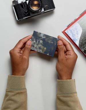 ASOS Кожаная визитница с камуфляжным принтом. Цвет: синий