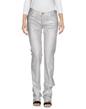 Джинсовые брюки GOLDSIGN. Цвет: серебристый