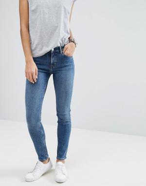 Weekday Узкие джинсы с классической талией Tuesday. Цвет: синий