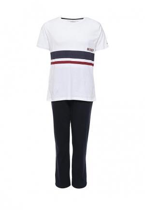 Комплект брюки и футболка Tommy Hilfiger. Цвет: разноцветный