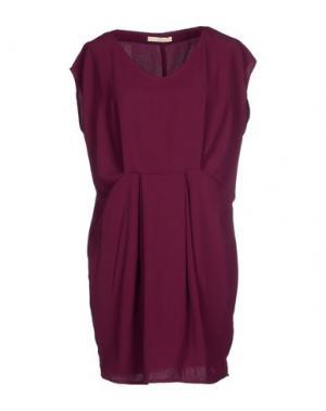 Короткое платье NIOI. Цвет: фиолетовый