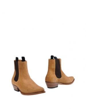Полусапоги и высокие ботинки MARC JACOBS. Цвет: верблюжий