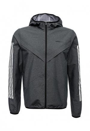 Ветровка adidas Neo. Цвет: серый