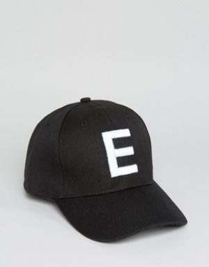 7X Бейсболка с буквой Е. Цвет: черный