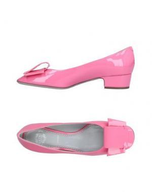 Туфли RAYNE. Цвет: розовый