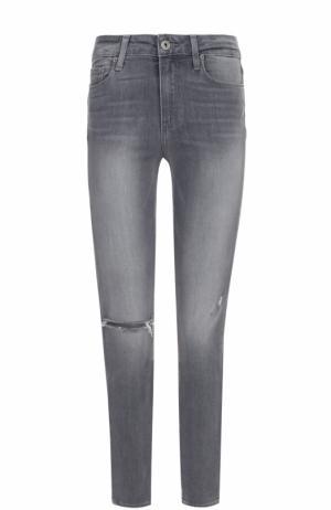 Укороченные джинсы-скинни с потертостями Paige. Цвет: серый