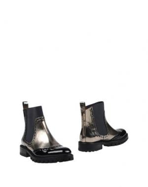 Полусапоги и высокие ботинки RAS. Цвет: платиновый