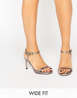 Faith Wide Fit Серебристые босоножки на каблуке для широкой стопы. Цвет: серебряный