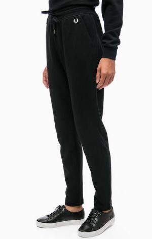 Черные трикотажные брюки с карманами Fred Perry. Цвет: черный