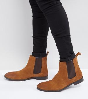 ASOS Светло-коричневые замшевые ботинки челси для широкой стопы. Цвет: рыжий