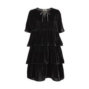 Платье короткое прямое однотонное с короткими рукавами AND LESS. Цвет: черный