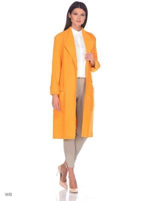 Пальто Socrat. Цвет: светло-оранжевый